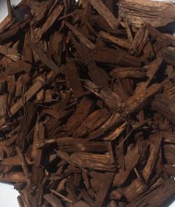 premium chocolate brown mulch
