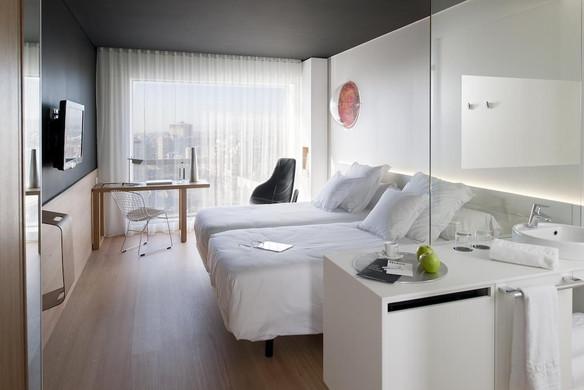 HOTEL Barcelo Sants.jpg