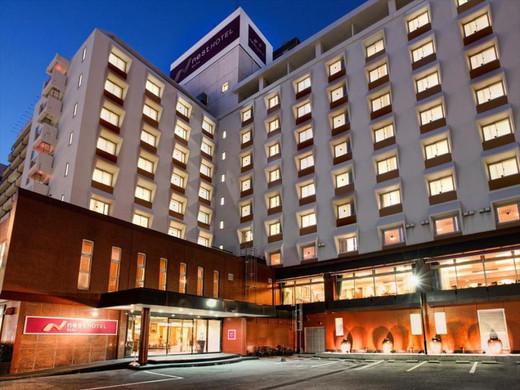 nest hotel 1.jpg