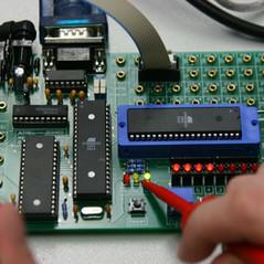 board-409582_1920.jpg