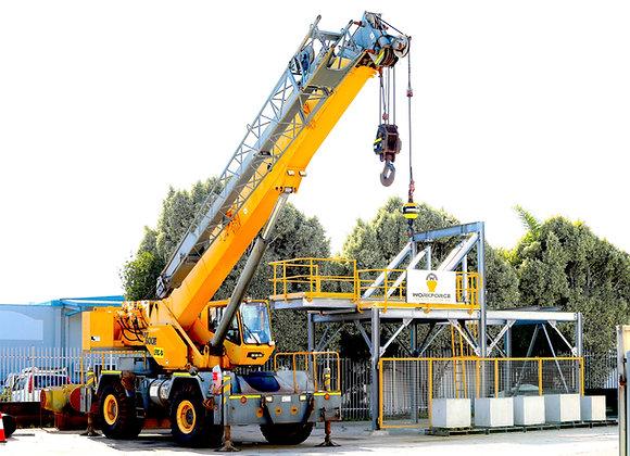 C1 Slewing Mobile Crane