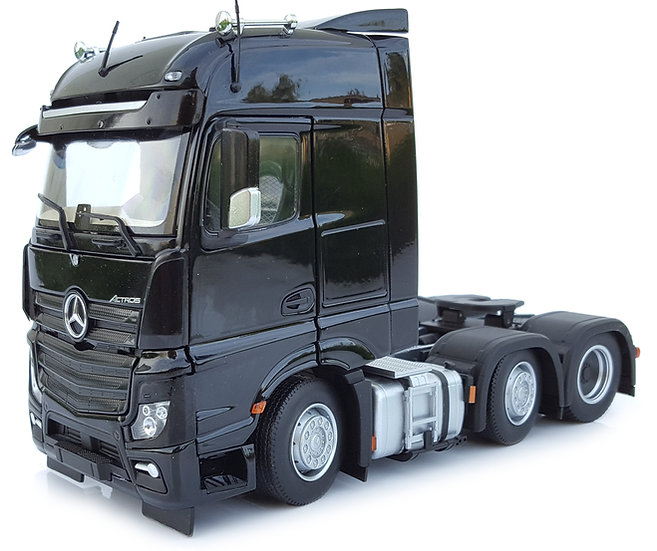 Mercedes-Benz Actros Bigspace 6x2 black