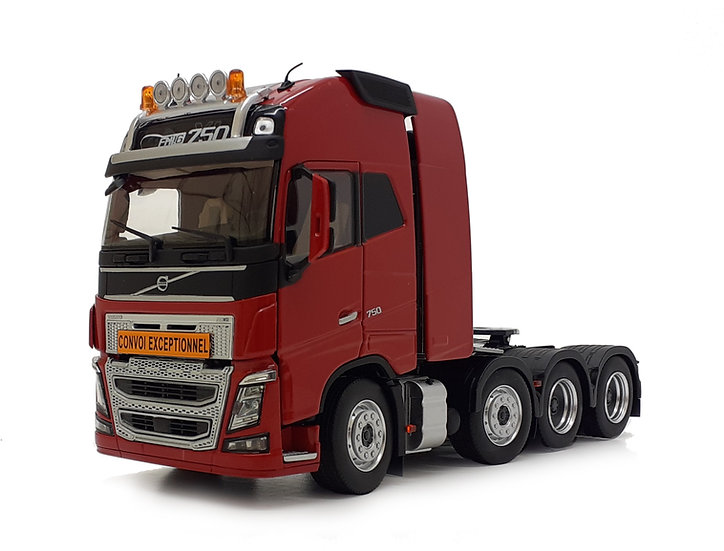 Volvo FH16 8x4 red