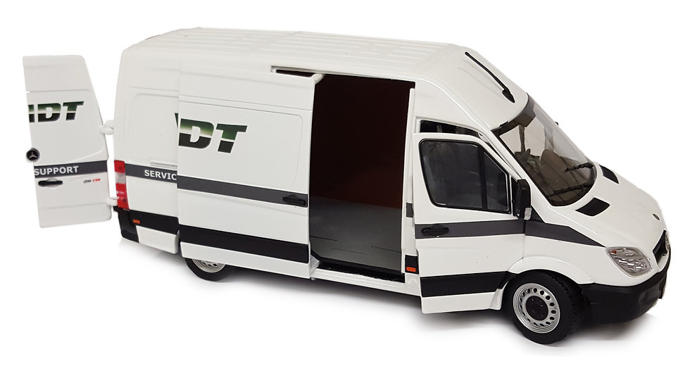 Mercedes-Benz Sprinter white, Fendt design