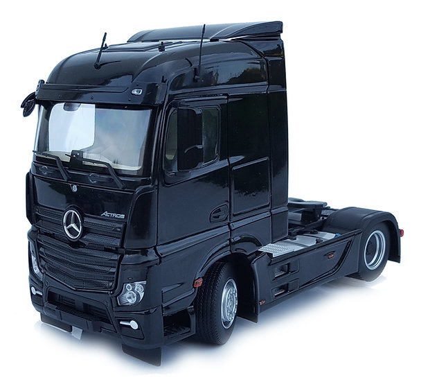 Mercedes-Benz Actros Streamspace4x2 black