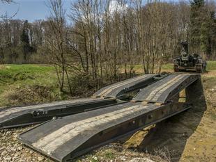 Artikelsammlung: Wissenswertes zum Brückenpanzer Leopard (Brü Pz Leo) der Schweizer Armee