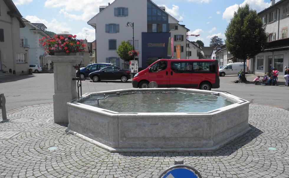 028_Dorfbrunnen Gelterkinden.JPG