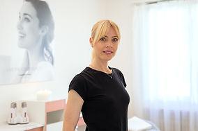 387550_Simone_Neuweiler_Cosmetics_CH_02.