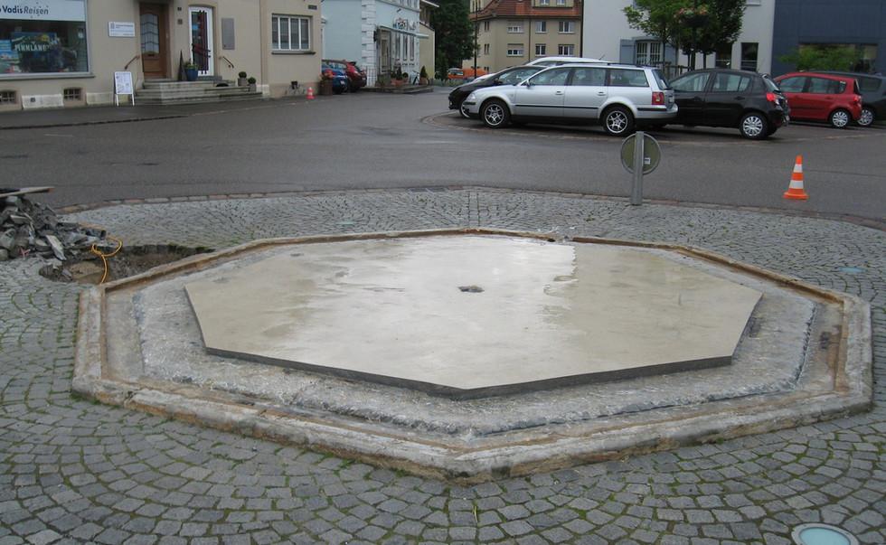 012_Dorfbrunnen Gelterkinden.JPG