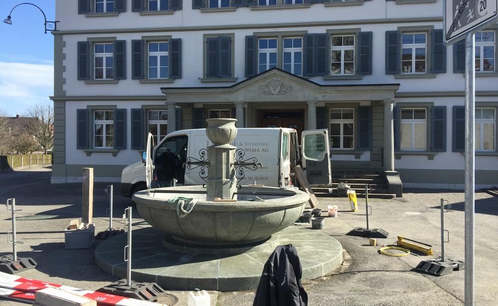 23_schulhausbrunnen_roggwil.Jpg