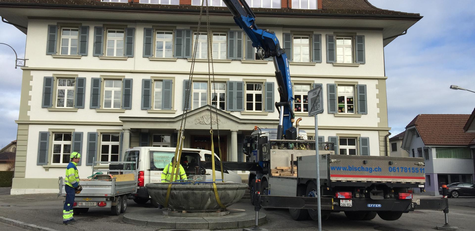 04_schulhausbrunnen_roggwil.Jpg