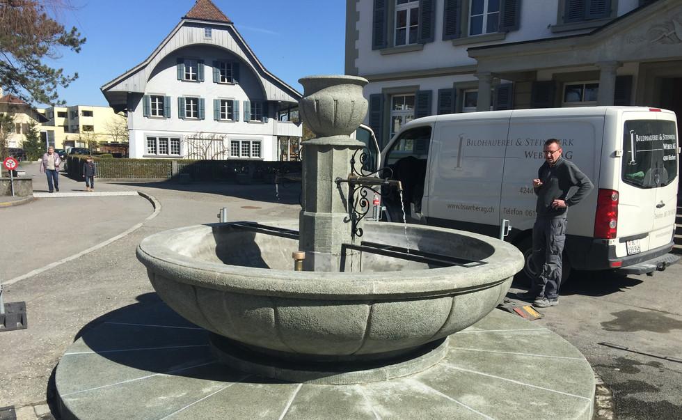 25_schulhausbrunnen_roggwil.Jpg