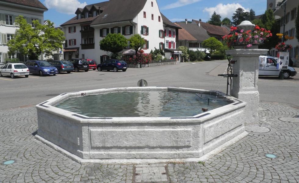 027_Dorfbrunnen Gelterkinden.JPG