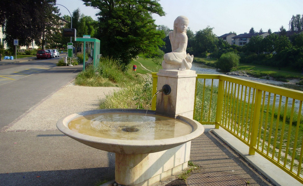 Zier-Brunnen Basel.JPG