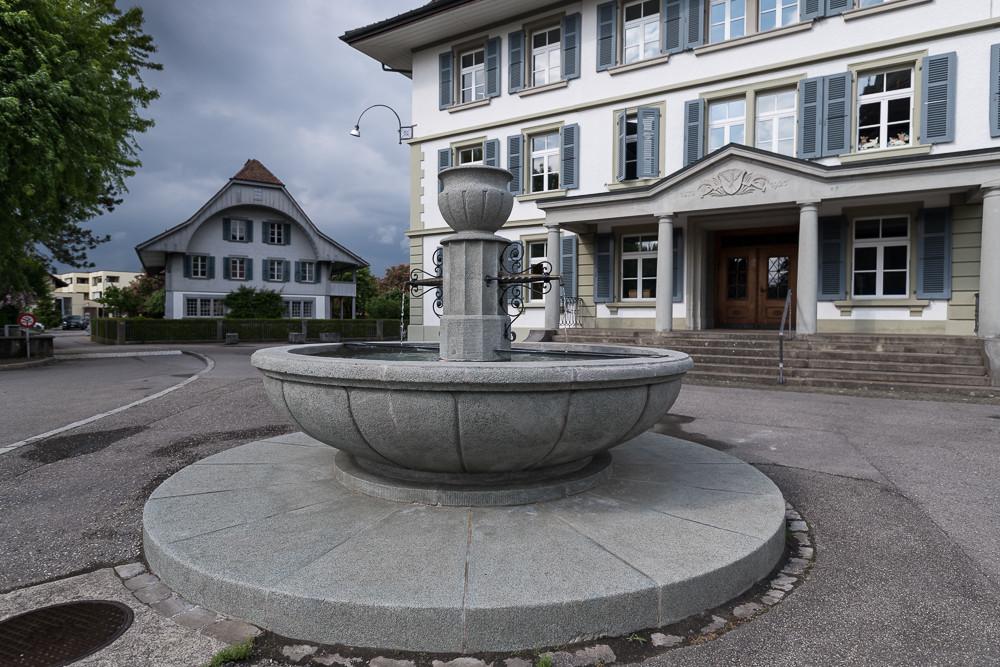 27_schulhausbrunnen_roggwil.Jpg