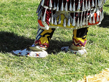 picture of traditional jingle dancer