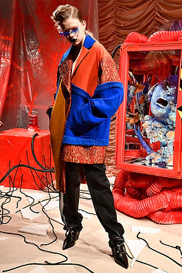 UNDERAGE_AW19_Look1_0004_UNDERAGE_AW19_L