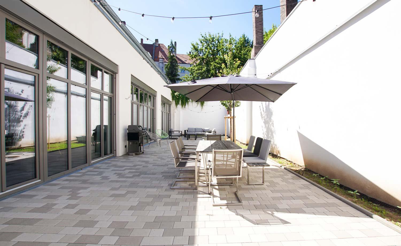 fichte45-veranstaltungsraum-terrasse-ver