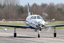 Piper_PA-46-500TP_Malibu_Meridian_taxiing.jpg