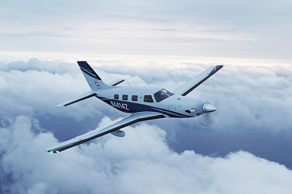 PiperAircraftM500_A2A_H_Clouds2.jpg