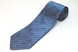 ブルーのクラブ用のジャガードネクタイ