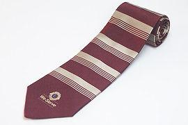 太縞と細縞のクラブ用のジャガードネクタイ