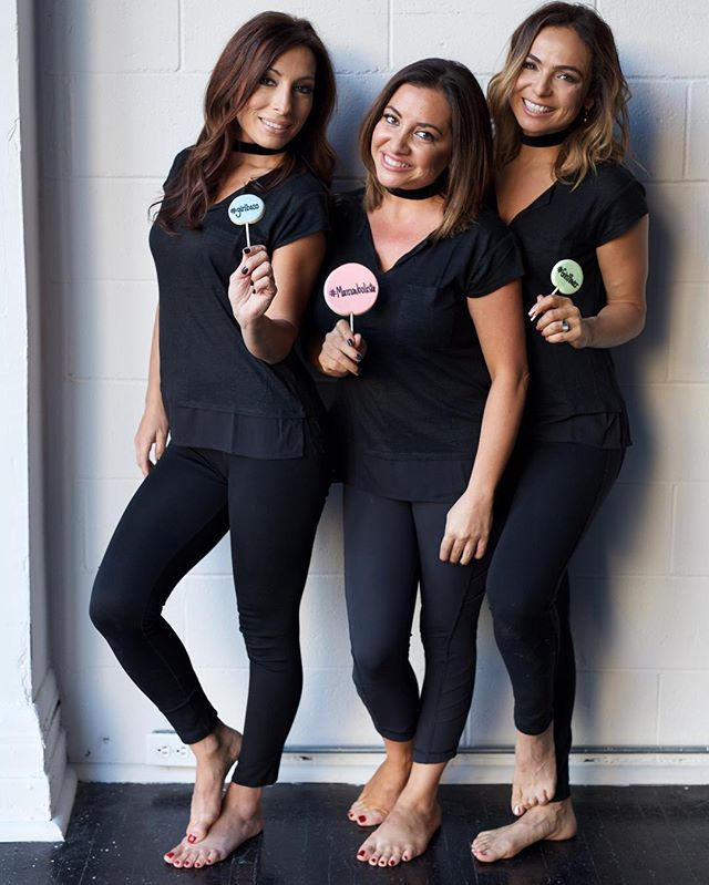 We take #WCW very seriously when it involves cookie pops and girlbosses! 💁🏻💁🏻💁🏻 #yespleasemtl