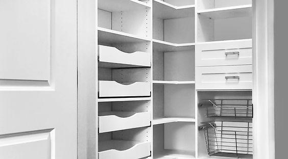 scalloped-pantry-shelves_hi_edited.jpg