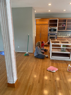 Emma and Nana painting
