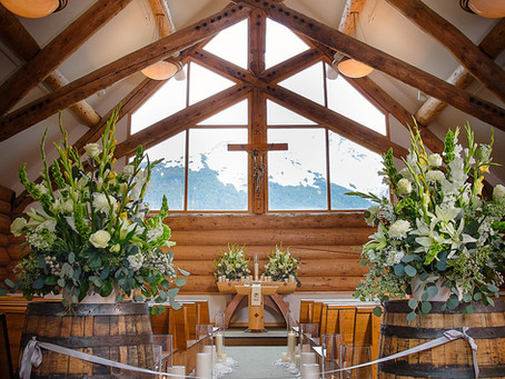 Alaska Destination Wedding Among the Mountains