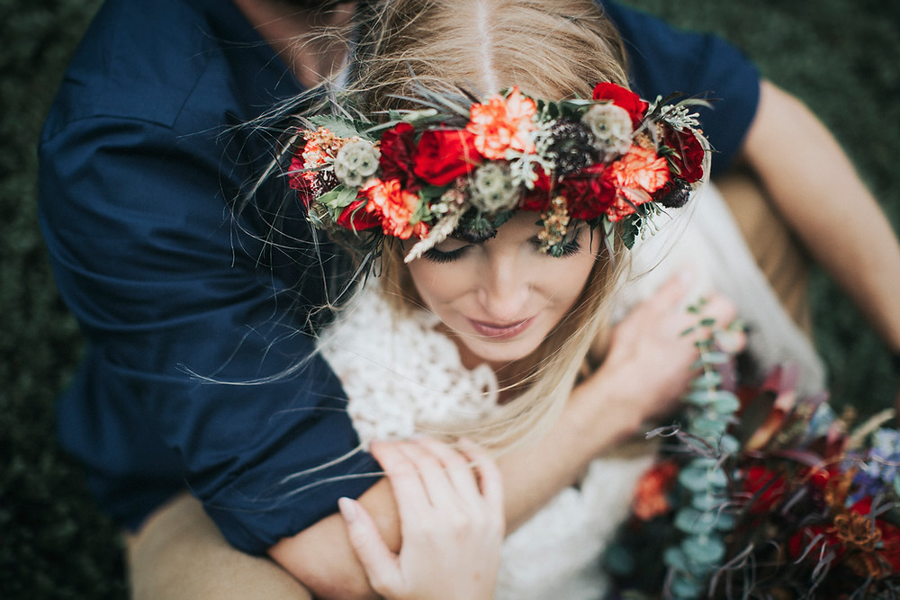 fall floral, red, orange, green, autumn Alaska elopement