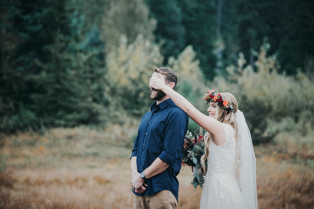 Fall alaska Elopement ceremony and first look in girdwood ak