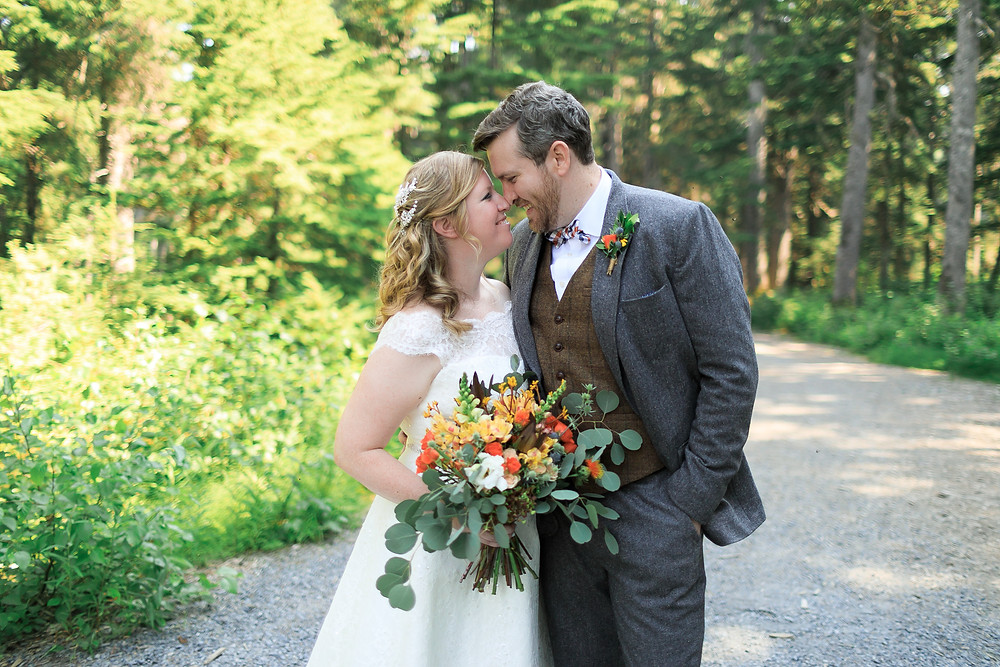 Navy, orange and natural tones for Alaska destination wedding