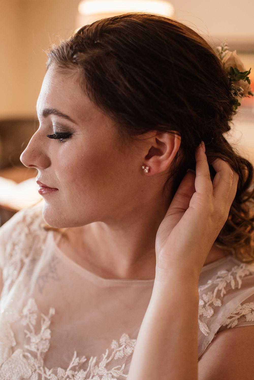 Anchorage, Alaska elopement make up and hair artists