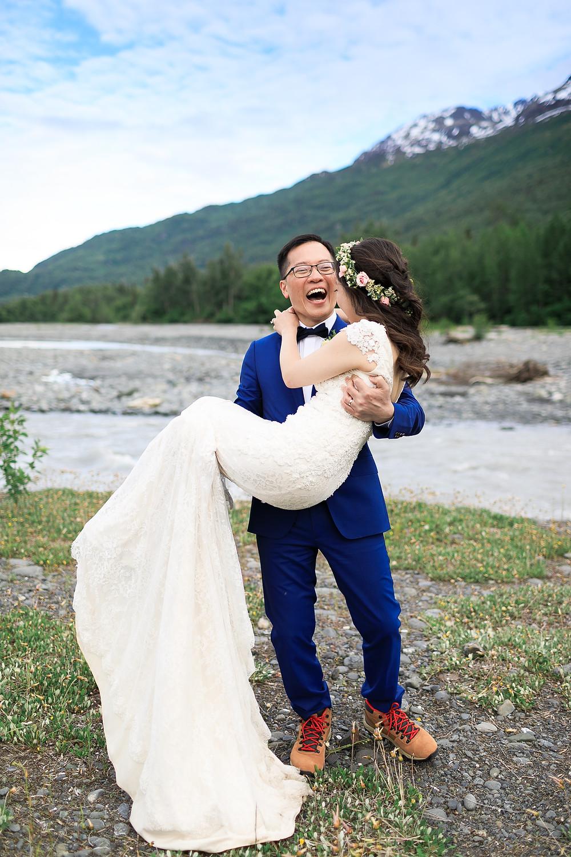Mountain backdrop for your Alaska elopement with La Boum Events
