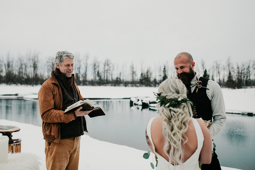 David Dahms winter elopement at Eklutna Tail race Alaska
