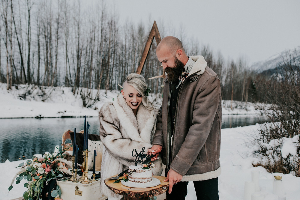 Snowy winter Alaska elopement, sweet heart table with cake service