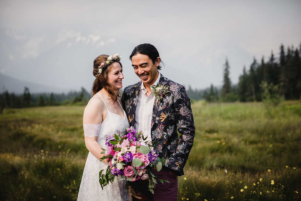Beautiful elopement in Girdwood, Alaska. Elope to Alaska