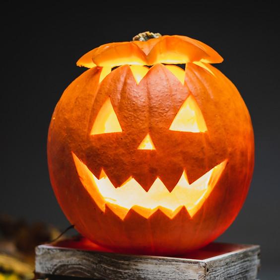 Pumpkin Carving Weekend!