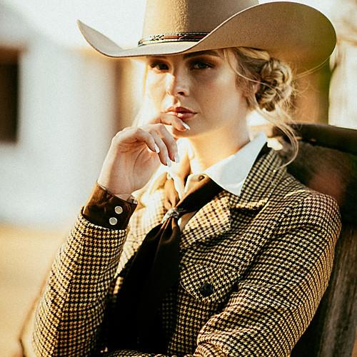 FRUK Magazine: Western Doll