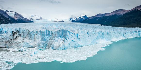 Poreto Moreno Glacier.jpg