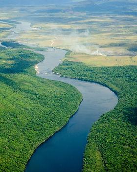 River flowing to the horizon in Venezuel