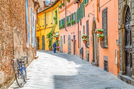 A Street In Lucca.jpg