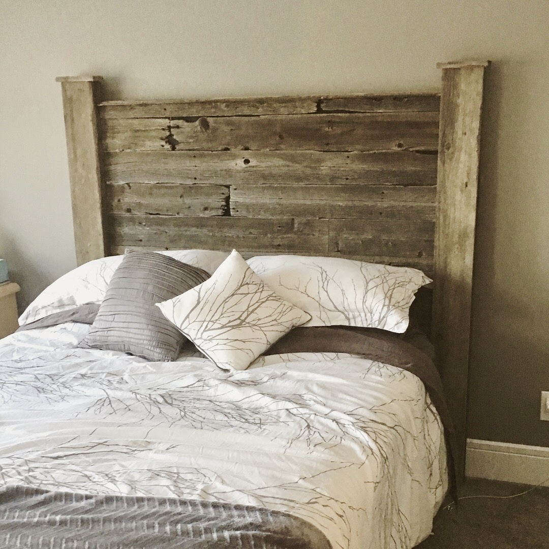 Headboard feature