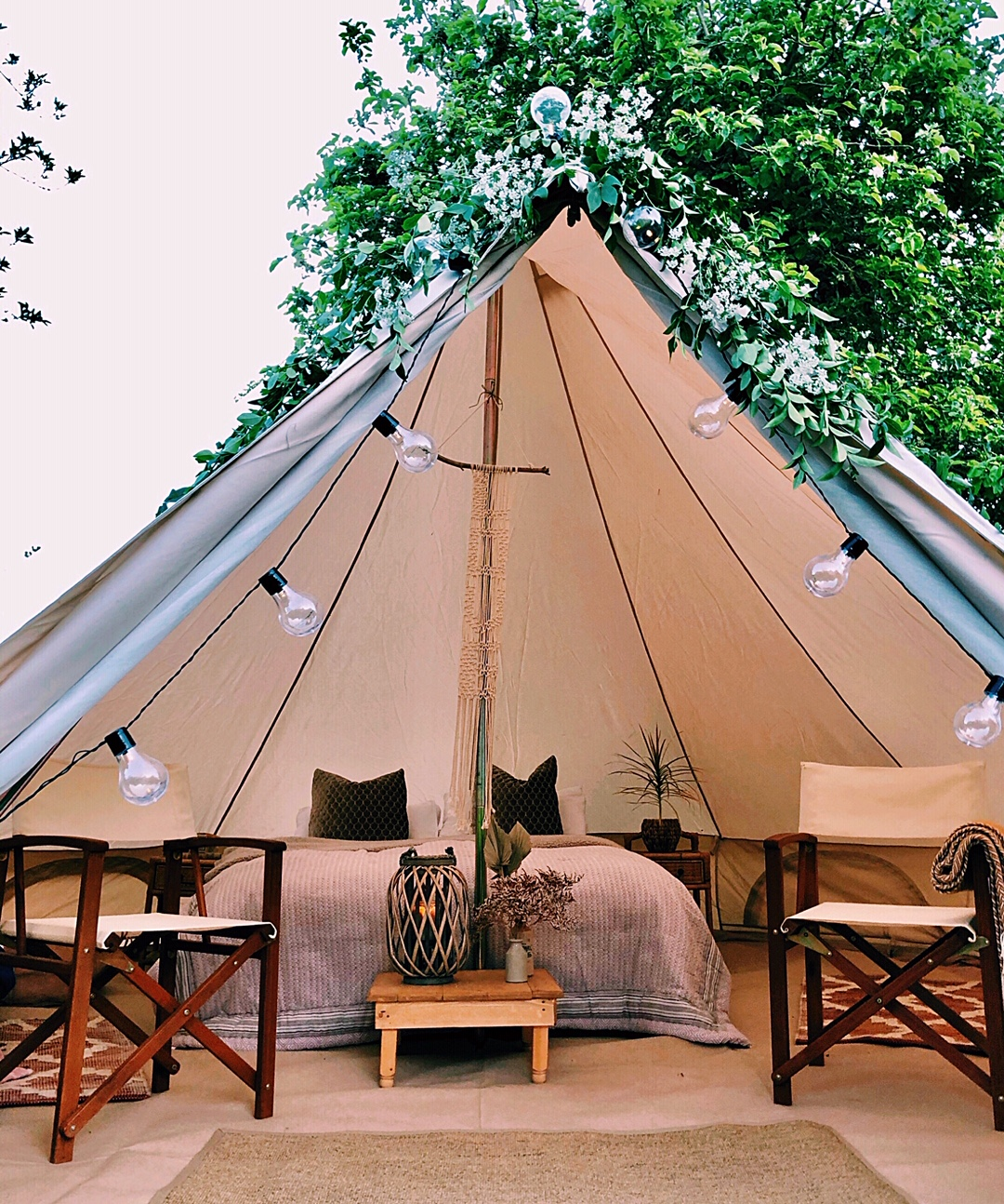 Luxury bell tent hire - Sussex, Kent & Surrey