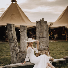 Rustic country tipi wedding