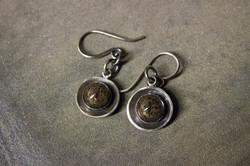 taxidermy snake earrings detail3