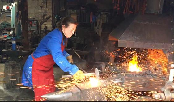 Axe making!! Hot forging
