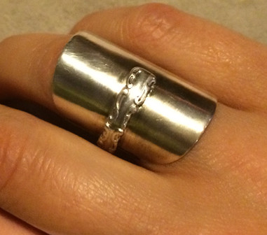 Spoon ring 2 on
