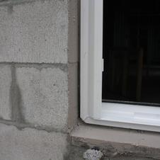 Window Jamb/Sill